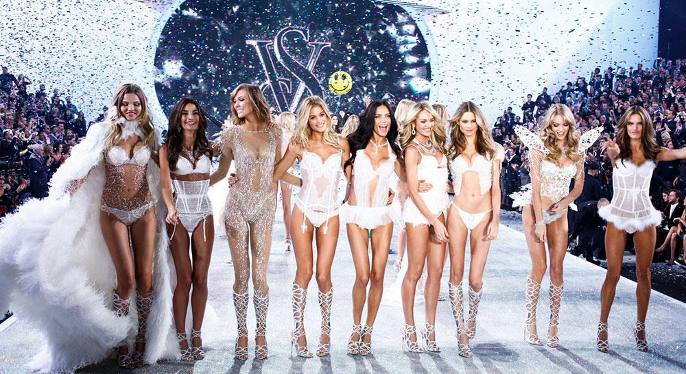 fashion-show-runway-2013-models-finale-victorias-secret-hi-res2