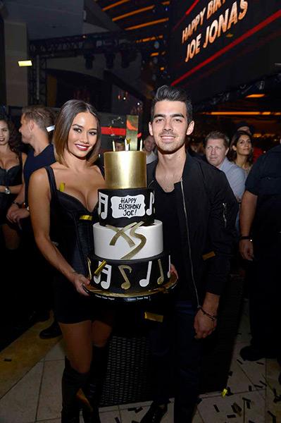 XS---Joe-Jonas-25th-birthday-2