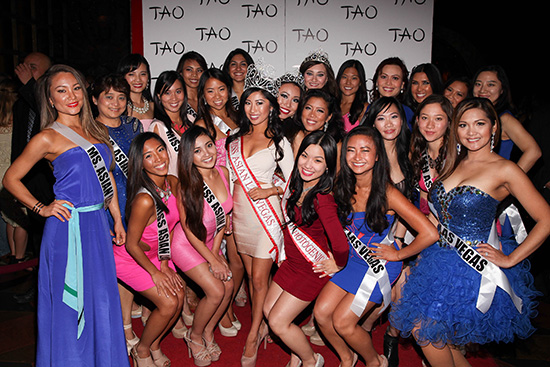 Catherine-Ho-and-Miss-Asian-Las-Vegas-Contestants-at-TAO2