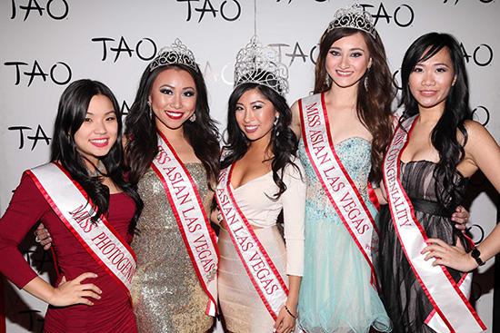 Michelle-Jeon,-Connie-Tsang,-Catherine-Ho,-Alexandra-Drechsler,-Grace-Choy-at-TAO