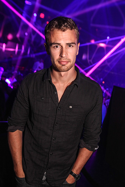 Theo-James-2_Hakkasan-Nightclub
