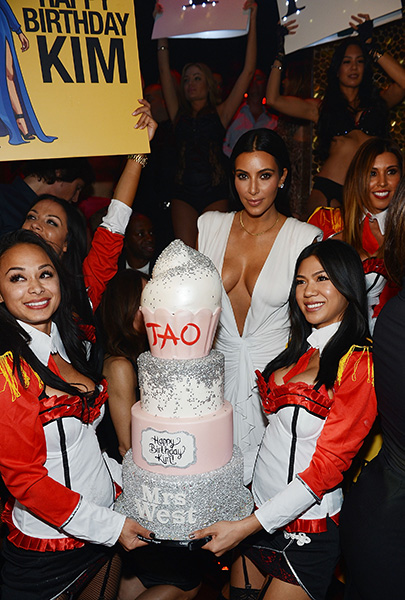 Kim-Kardashian-West-Celebrates-34th-Birthday-at-TAO-Las-Vegas