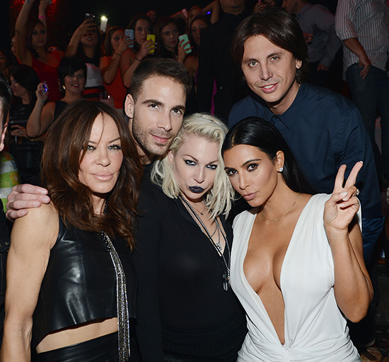 Robin-Antin,-Simon-Huck,-Joyce-Bonelli,-Kim-Kardashian-West-and-Jonathan-Cheban-at-TAO