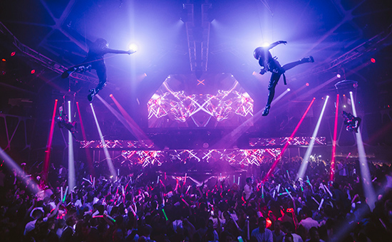 Aerialists_Hakkasan-Nightclub_12.31.14