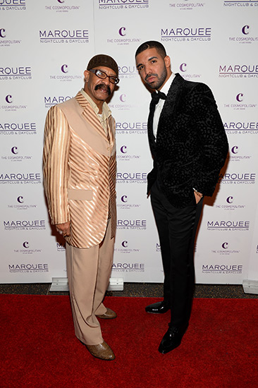 Dennis-Graham-and-son-Drake_Marquee-NYE-2015
