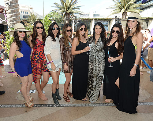 Kourtney-Kardashian-and-friends_Marquee-Dayclub