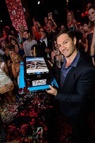 Jason-Strauss-birthday-celebration-at-TAO