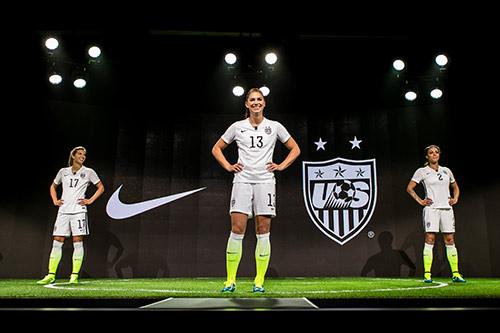 Nike-usa-womens-4
