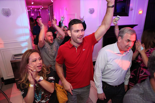 Chris-Weidman-walking-into-Ghostbar