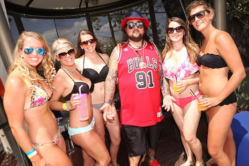 Chumlee-&-the-Ladies