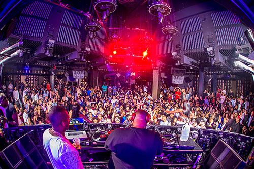 DJ-Khaled-performs-to-a-packed-crowd-at-Marquee-Nightclub_7.14.15