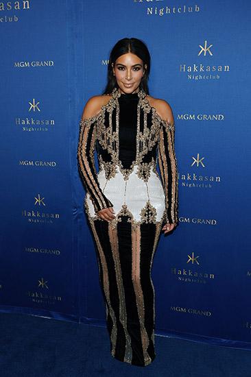 Hakkasan-Anniversary_Kim-Kardashian-West_4