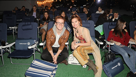 volkswagens-drive-in-movie-event-3