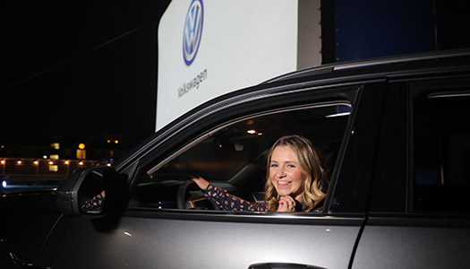 volkswagens-drive-in-movie-event-4